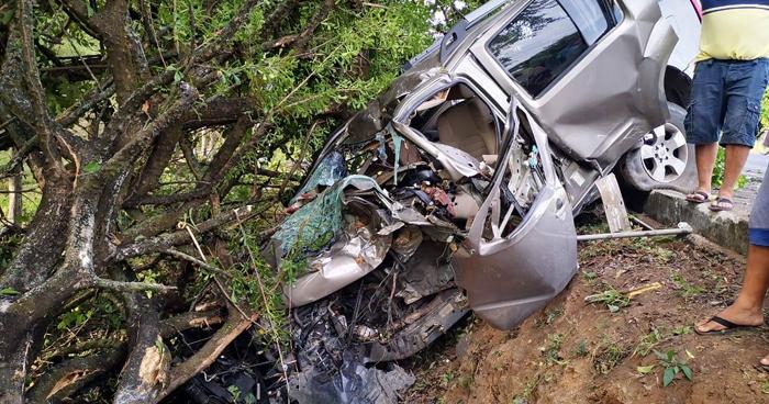 Tres policías lesionados tras grave accidente en carretera de La Unión