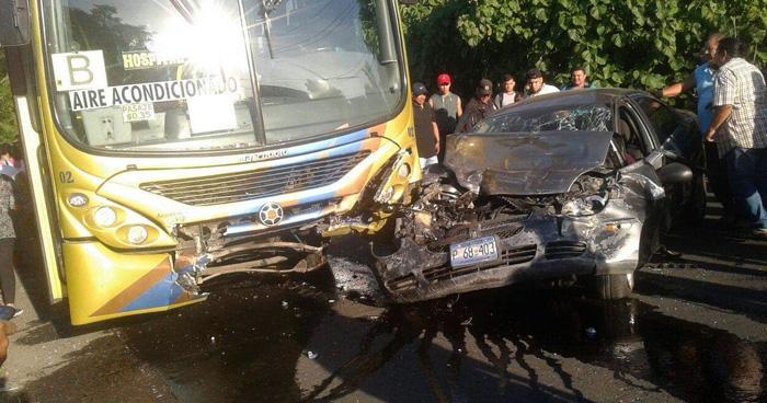 Padre e Hija mueren en accidente transito en Candelaria de la Frontera, Santa Ana