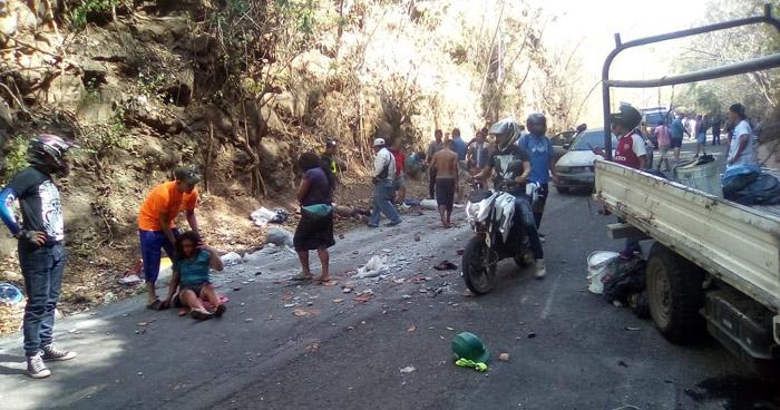 Menores de edad entre lesionados tras grave accidente en La Libertad