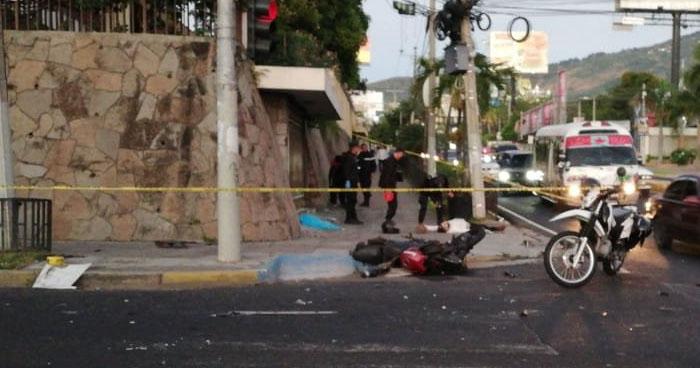 Motociclista muere tras ser embestido por un vehículo sobre el Paseo General Escalón