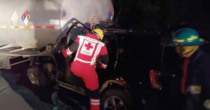 Mujer fallecida y dos lesionadas tras aparatoso accidente en San Francisco Guajoyo, Santa Ana