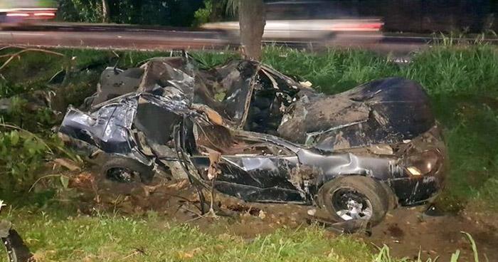 Mujer muerta y tres lesionados tras aparatoso accidente en carretera a Santa Ana