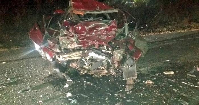Un fallecido y otro lesionado tras fuerte choque en carretera Ruta Militar