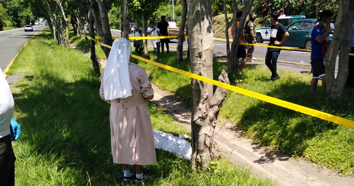 Padre e hija mueren en fuerte accidente en carretera Panamericana
