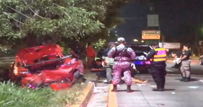Un fallecido y dos lesionados tras accidente en carretera Comalapa