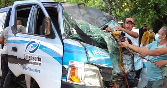 Muere uno de los lesionados en accidente registrado ayer en carretera Comalapa