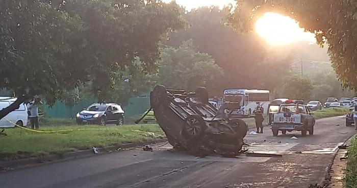 Dos fallecidos tras accidente sobre carretera de Oro, en Soyapango