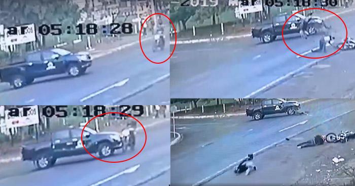 VÍDEO: Captan grave accidente entre pickup y motocicleta en San Miguel