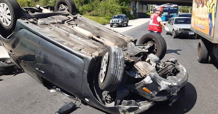 Dos lesionados en accidente de tránsito sobre Avenida Jerusalén