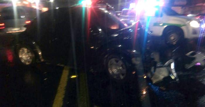 Un fallecido y un lesionado, deja fuerte choque en calle Chiltiupán en Santa Tecla