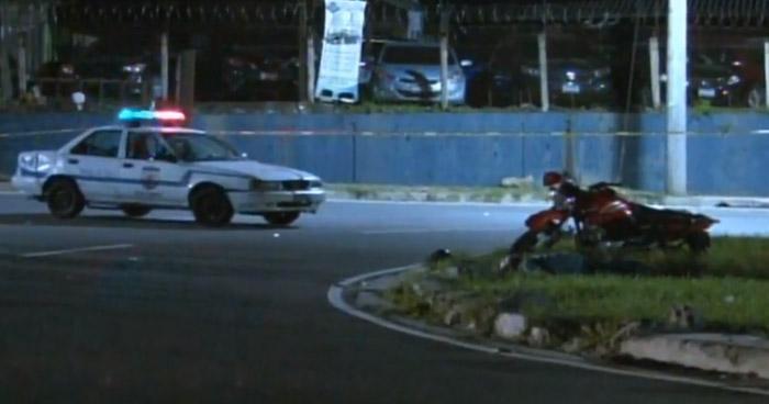 Motociclista muere tras accidentarse sobre la avenida Masferrer Norte de San Salvador