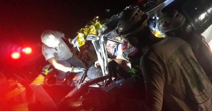 Un lesionado tras grave accidente de tránsito en carretera Panamericana, cerca del desvío a Opico