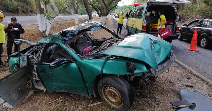 Dos lesionados tras nuevo aparatoso accidente de tránsito en carretera Panamericana
