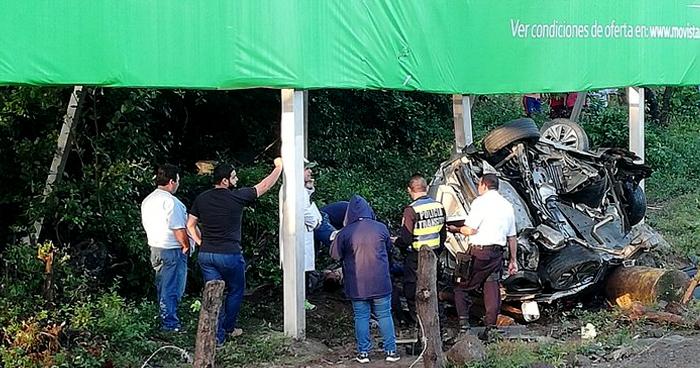 FOTOS Y VIDEO: Grave accidente en la Curva del Papaturro deja 1 fallecido y 3 lesionados