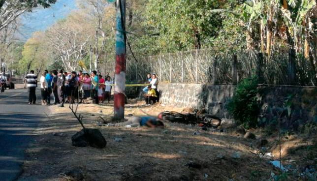 Un muerto y dos lesionados tras fuertes accidente de tránsito en San Miguel