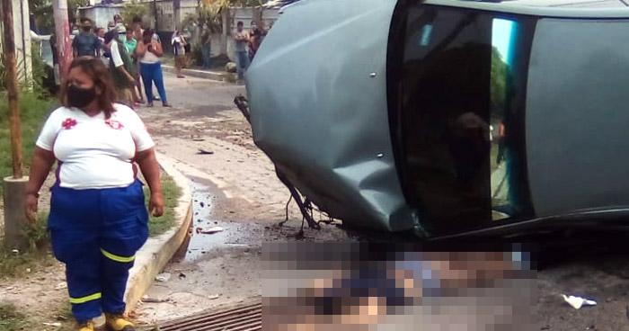 Un fallecido tras fuerte accidente en zona límite de Ilopango y San Martín