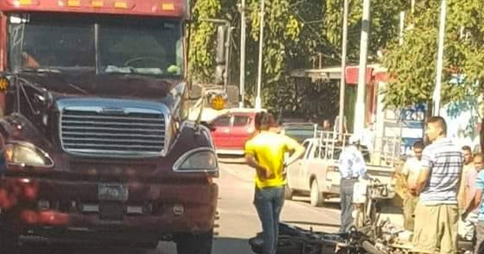 Un motociclista fallecido tras múltiple accidente de tránsito en carretera a Santa Ana