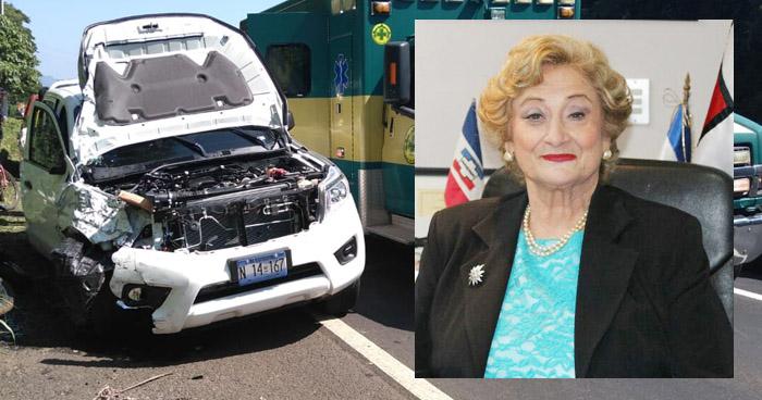 Alcaldesa de Santa Ana entre los lesionados en accidente de tránsito