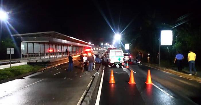Un muerto y un lesionado tras grave accidente de transito en el Bulevar del Ejercito
