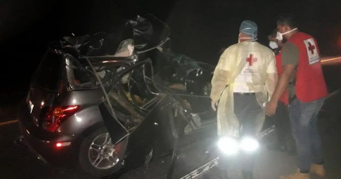 Muere sub inspector de la PNC en grave accidente de transito en la carretera Troncal del Norte