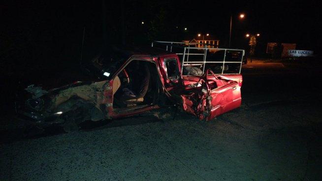 Dos personas lesionadas deja grave accidente en carretera al Puerto de La Libertad