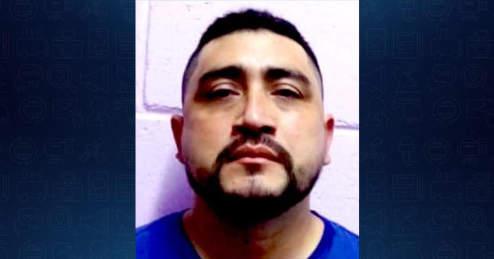 Agente de la PNC capturado por acoso sexual contra una adolescente