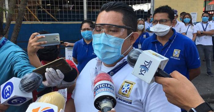 Tres agentes del CAM se contagiaron de COVID-19 en el Mercado Central