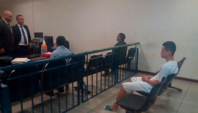 Dejan libres a dos agentes acusados de implantar droga al joven Daniel Alemán