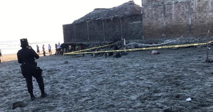 Dos jóvenes murieron ahogados ayer en la playa El Espino, Usulután