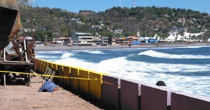 Originario de Nahuizalco muere ahogado en playa del Puerto de La Libertad