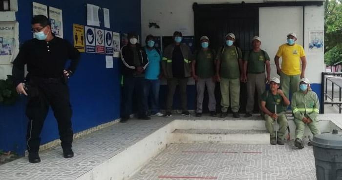 Empleados de la alcaldía de San José Villanueva en paro de labores