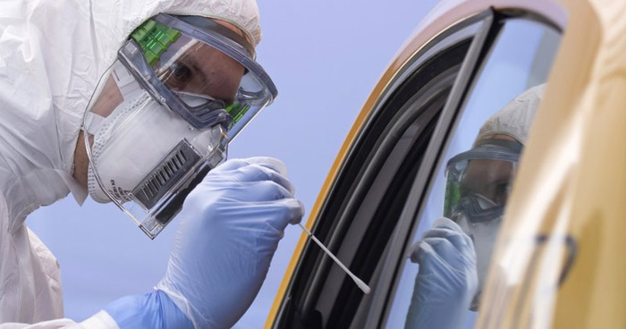 Rebrote en Alemania: Más de 600 infectados de COVID-19 en fábrica de carne