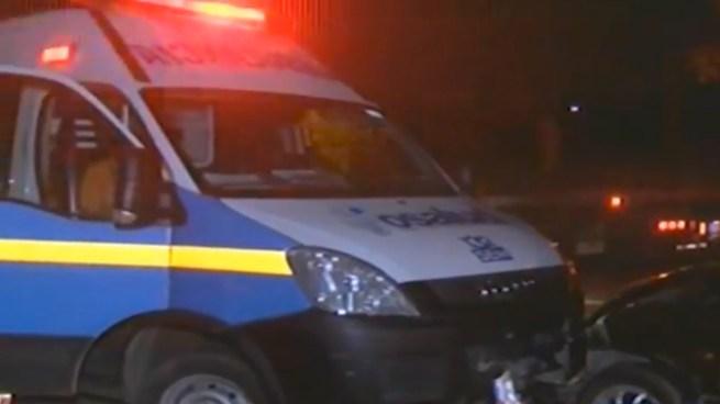 Ambulancia se accidenta al momento que se dirigía a atender a una persona atropellada