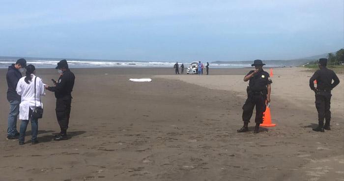 Ciudadano estadounidense muere ahogado en playa del oriente del país