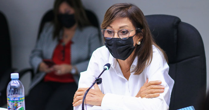 Ana Vilma de Escobar negó haber recibido sobresueldos