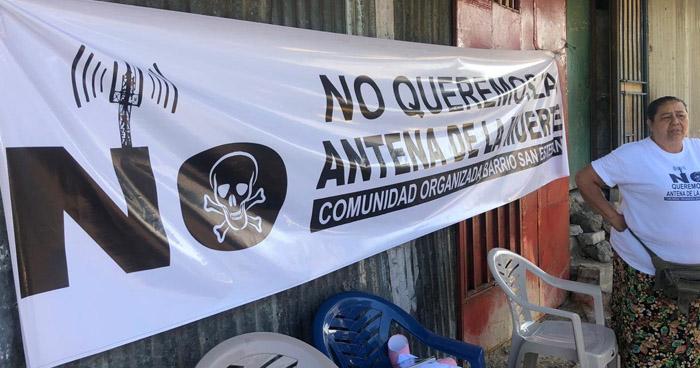 Protestan contra instalación de antena de telecomunicaciones
