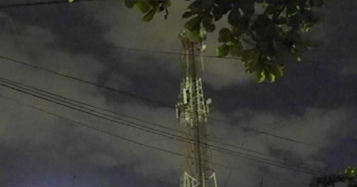 Joven se suicida lanzándose desde una torre telefónica en Ayutuxtepeque