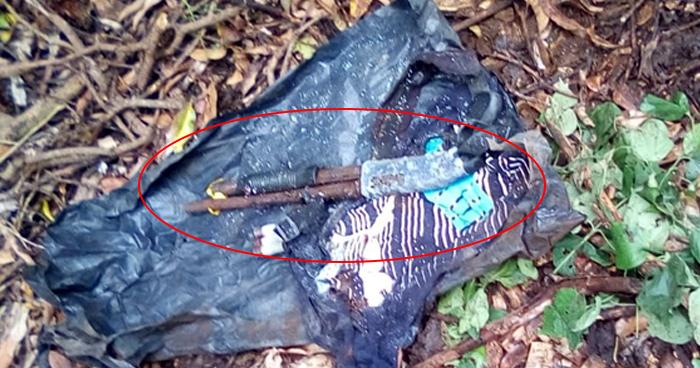 Encuentran escopeta enterrada en zona rural de Nahuizalco, Sonsonate