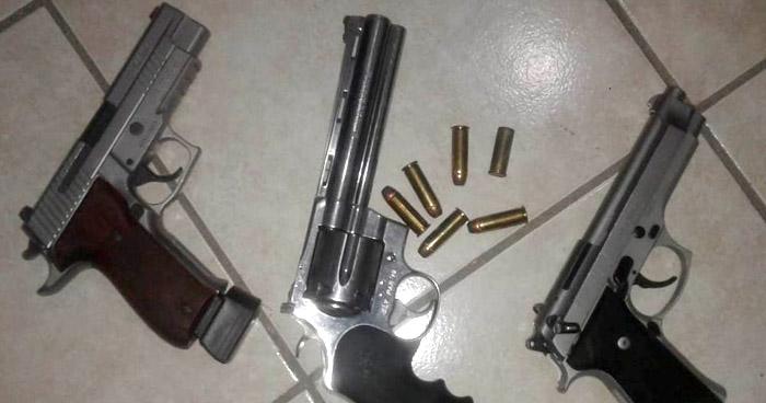 Dos capturados y tres armas de fuego incautadas en La Libertad