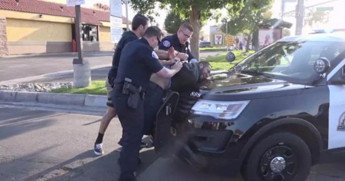 EE.UU.: Al menos cuatro muertos en California por apuñalamientos