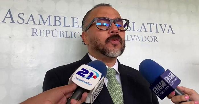 Sindicalistas de la Asamblea Legislativa denuncian despidos de al menos 30 personas