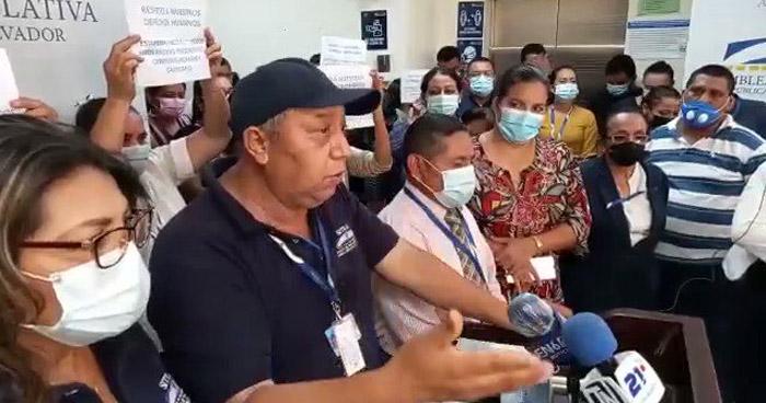 Sindicato de trabajadores en la Asamblea denuncian incertidumbre y despidos