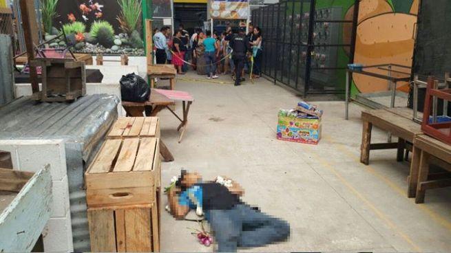 Asesinan a vendedor de cebollas dentro del mercado de San Martín
