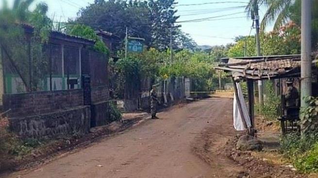Presuntos pandilleros asesinan a una vendedora de tortillas en San Miguel