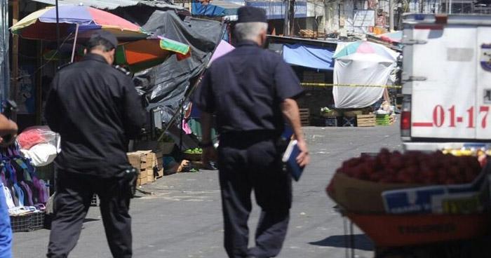 Hombre asesinado en el Mercado Central de San Salvador