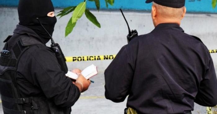 Policía lesionado tras ataque armado a caseta policial en Santa Ana