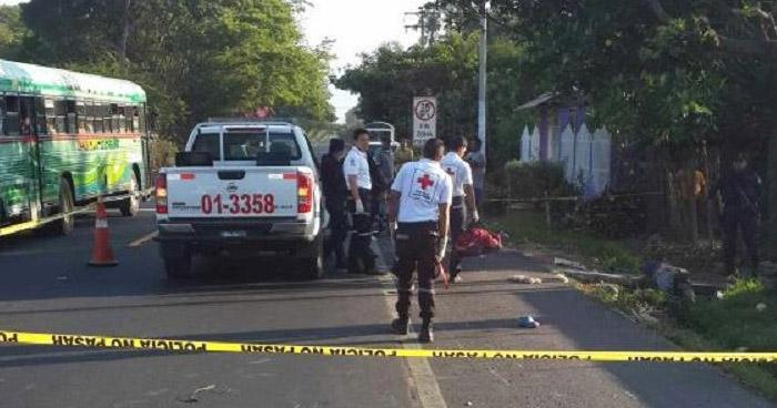 Mujer muere al ser atropellada en carretera Troncal del Norte