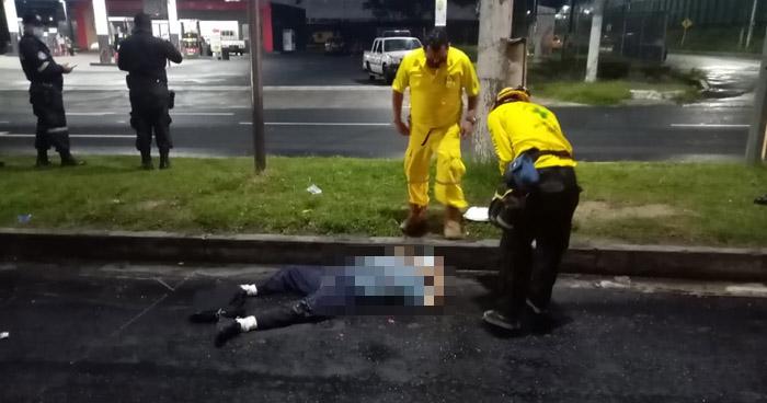 Hombre pierde la vida al ser atropellado en Bulevar del Ejército
