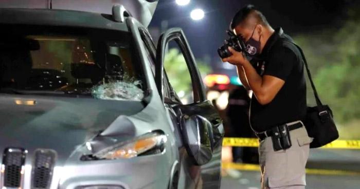 Peatón murió tras ser arrollado en Autopista a Comalapa
