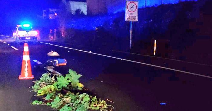 Hombre muere tras ser atropellado en carretera a Sonsonate